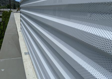 7.2 perforated mechanical screen front
